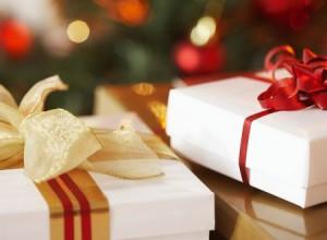 come risparmiare soldi sui regali di natale