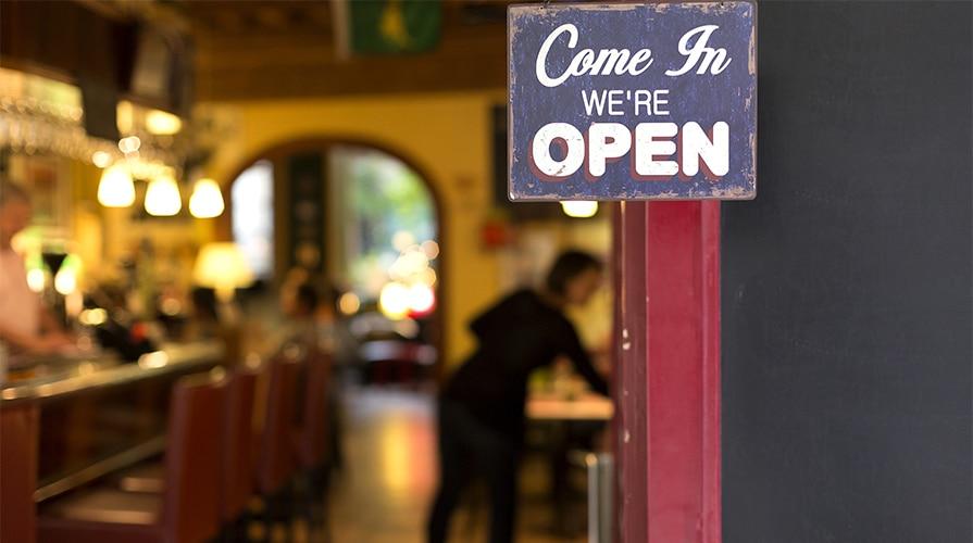 Aprire un ristorante: quanto costa, come fare passo passo